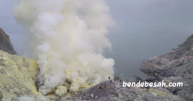 Asyiknya Berwisata ke Kawah Ijen Bondowoso